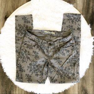 Old Navy Gray Floral Rockstar Jeans 10